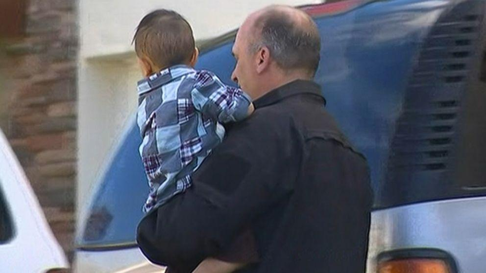 Babysitter Calls 911 to Say He's Watching Abducted Child