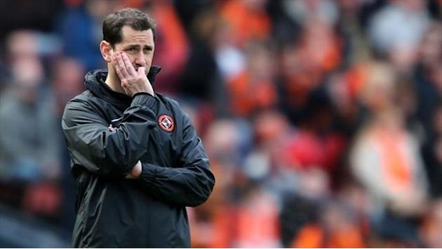 Football - United settle up for McNamara