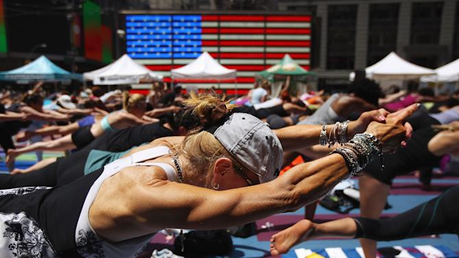 Heat Wave Hits New York City On First Day Of Summer