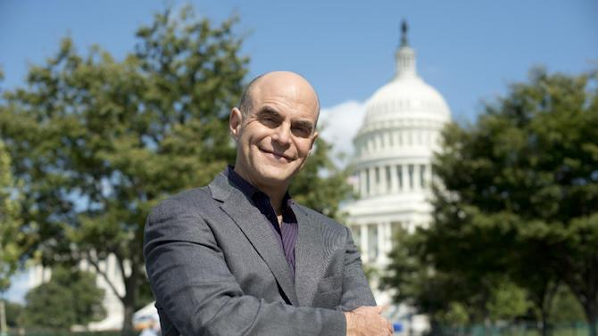 """This Sept. 2012 photo released by PBS shows host Peter Sagal of """"Constitution USA with Peter Sagal,"""" premiering Tuesday, May 7, 2013 at 9 p.m. EST on PBS. (AP Photo/PBS, Peter Krogh)"""