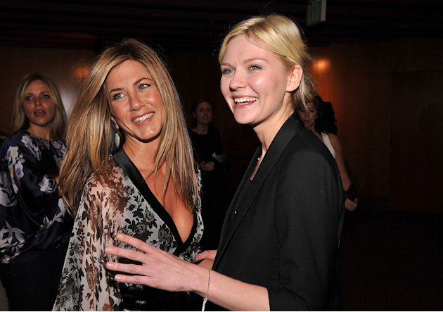 Glamour Reel Moments 2008 Jennifer Aniston Kirsten Dunst