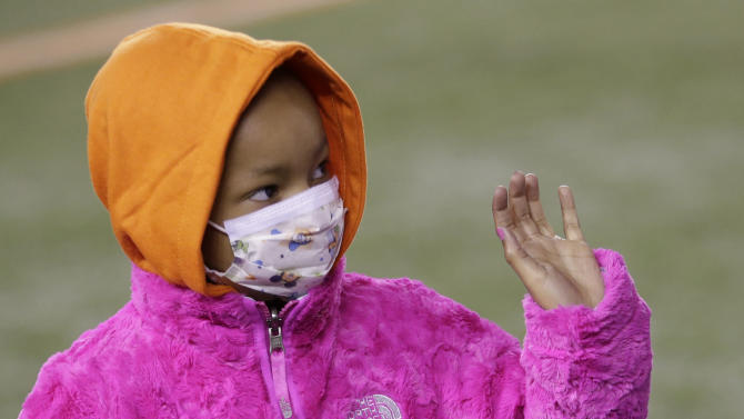 Bengals' Devon Still asks for prayers for sick daughter