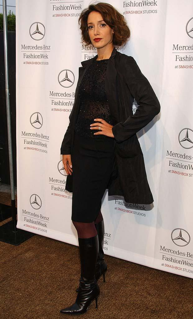 Jennifer Beals arrives at the Spring 2008 Mercedes Benz Los Angeles Fashion Week held at Smashbox Studios.