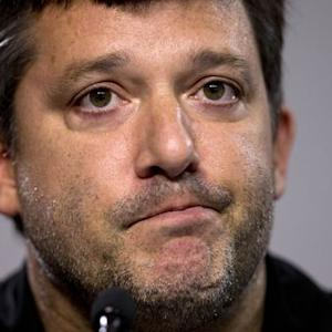 Emotional Tony Stewart addresses on-track tragedy