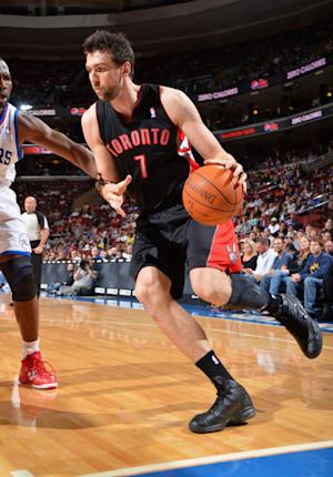 Raptors roll over fading 76ers 99-78