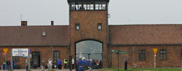 Mist showers installed at Auschwitz spark outrage