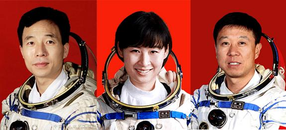 China Unveils Astronaut Crew, 1st Female Spaceflyer, for Saturday Launch