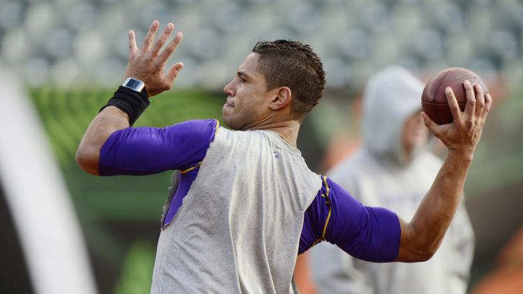 Josh Freeman agrees to a one-year deal with the New York Giants