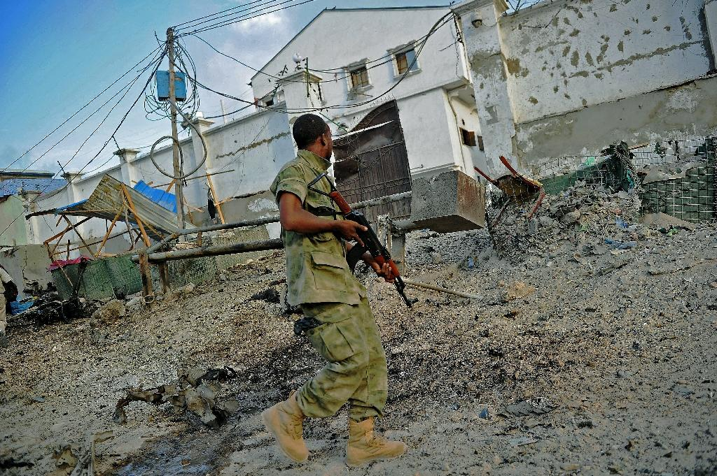 At least 10 killed in Shebab raid on Somalia hotel
