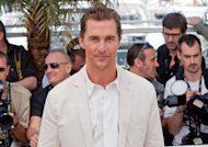 Le beau gosse du jour, Matthew McConaughey, se marie cet t !