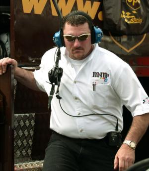 RPM fires crew chief Parrott for failing drug test