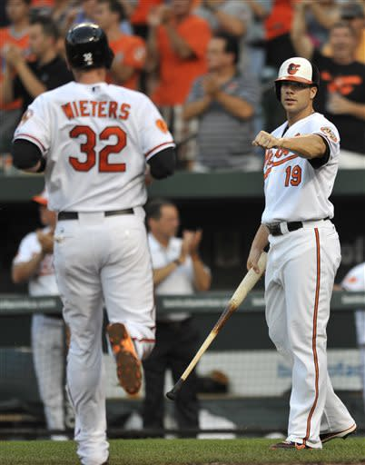 Wacky 5th inning rallies Orioles past Indians 7-3