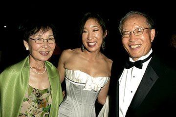 Sandra Oh and folks Governor's Ball Emmy Awards - 9/18/2005