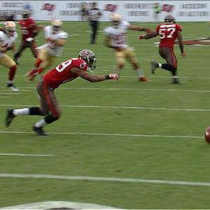 Tampa Bay Buccaneers wide receiver Eric Page and Russell Shepard fumble the kickoff