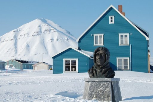 <p>A statue honours Norway's polar explorer Roald Amundsen stands in Ny-Aalesundin. Amundsen's three-mast ship the Maud, long abandoned in the Canadian Arctic ice, is to be salvaged and next year will be sent back to Norway to be the centerpiece of a new museum.</p>