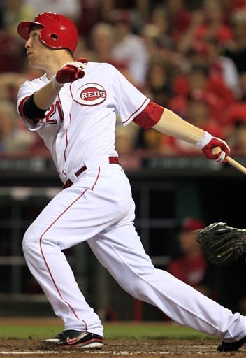 Frazier's HR sends Reds over Braves 2-1