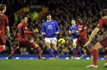 Everton 2-1 West Brom: Brilliant Baines doubles up for Toffees