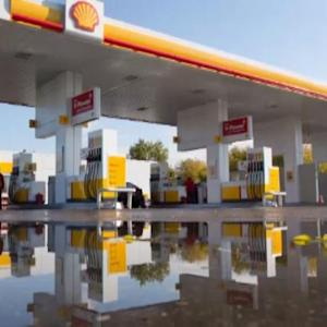 Shell to Cut $15B in Spending as Profits Miss Estimates