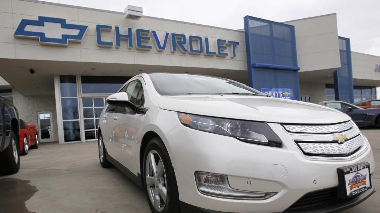 GM offers big discounts to boost Volt sales