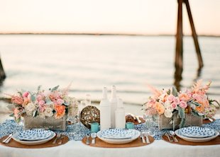 seaside table decor