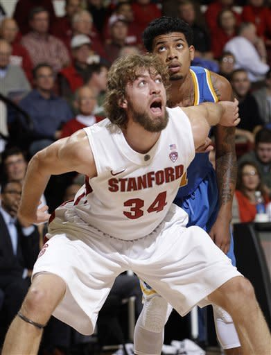 Stanford tops UCLA 60-59 in Pac-12 opener