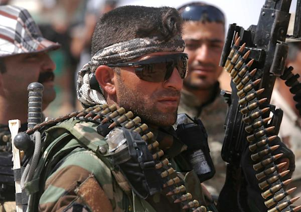 Iraqi forces move to Anbar frontline as anti-IS fightback nears
