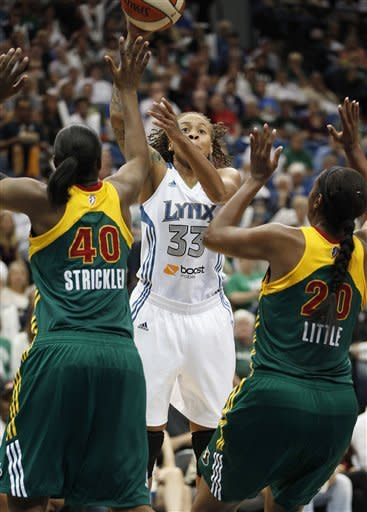 Lynx hold off Storm to return to conference finals