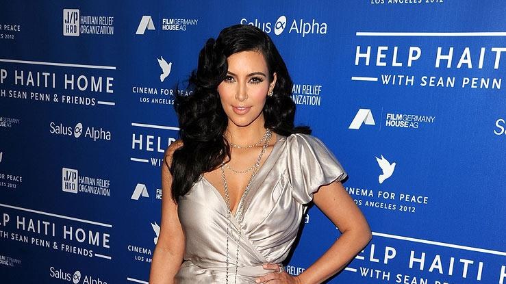 Kim Kardashian attends the Cinema For Peace Event Benefiting J/P Haitian Relief Organization the at Montage Hotel on January 14, 2012 in Los Angeles, California.