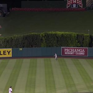 Pujols' game-tying home run