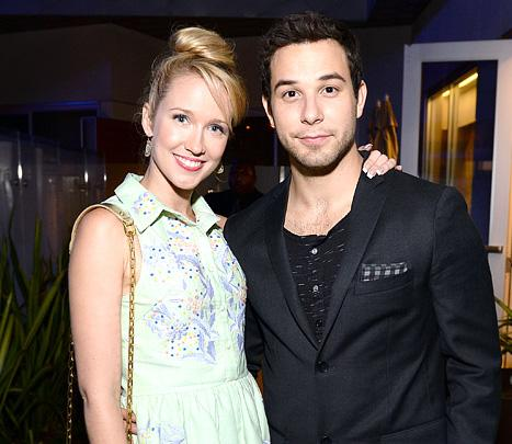 Anna Camp Dating Pitch Perfect Costar Skylar Astin!