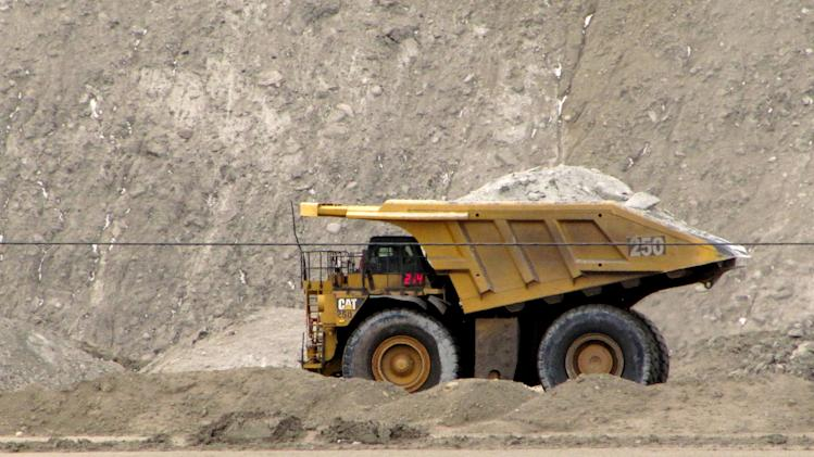 Interior Dept. cuts mineral payments to 35 states