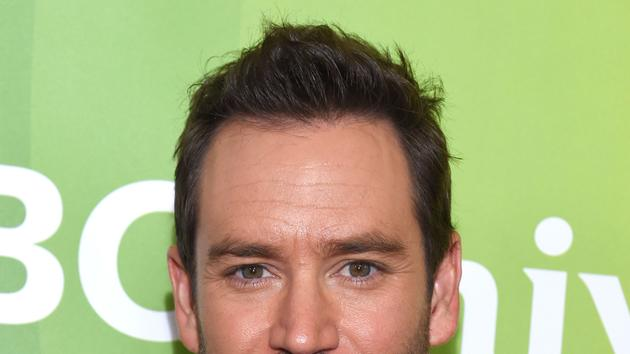 Mark-Paul Gosselaar To Star In Fox Pilot 'Pitch'