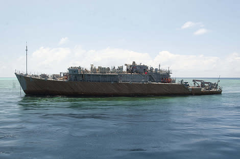 Weather Slows Navy Salvage Operation in Philippines