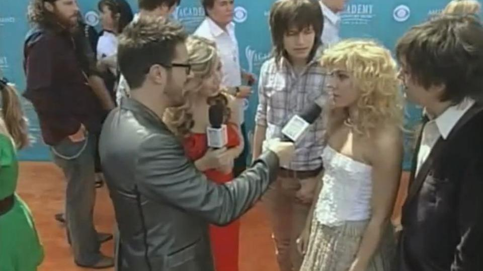 2010 Orange Carpet Interview (Academy of Country Music Awards)