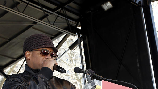 """Sway Calloway speaks at the AIDS Healthcare Foundation's """"Keep The Promise On AIDS"""" March and Rally on Saturday, April 6, 2013, in New York, NY. The """"Keep the Promise"""" campaign brings together advocates along with entertainers and spiritual and political leaders to remind elected officials that the fight against HIV/AIDS is not yet won. (Brian Ach /AP Images for AIDS Healthcare Foundation)"""