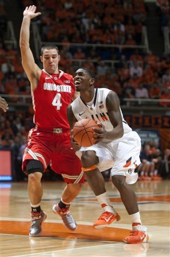 Illinois rebounds with win over Buckeyes, 74-55