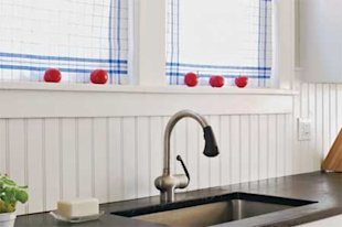 Solid-surface backsplash