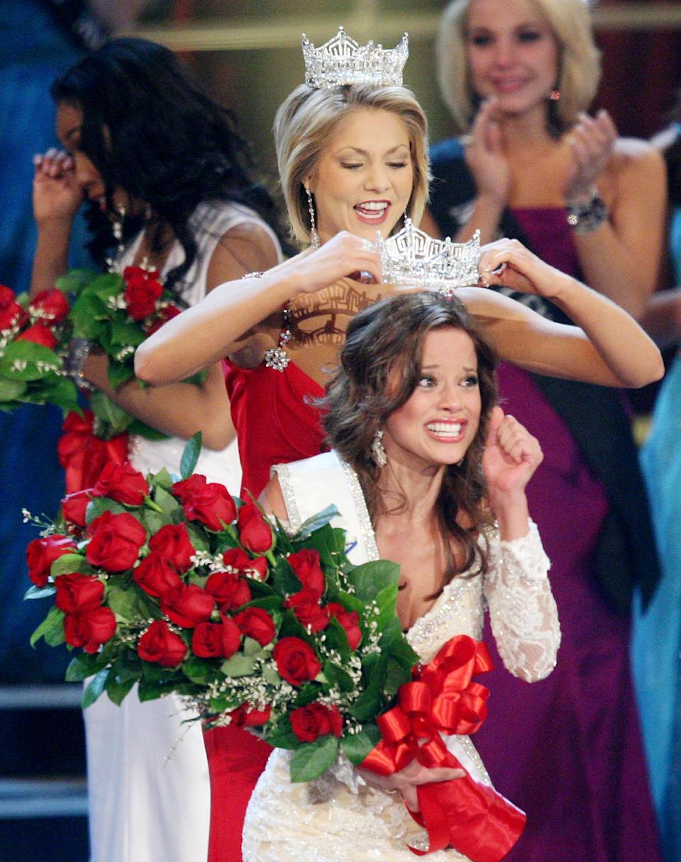 FILE - In this Jan. 24, 2009 file photo, Miss Indiana Katie Stam is crowned Miss America 2009 by Kirsten Haglund at Planet Hollywood hotel & casino in Las Vegas.  (AP Photo/Isaac Brekken)