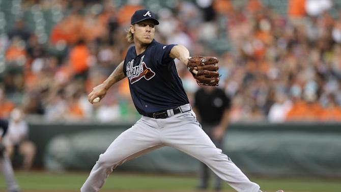 Tillman allows 4 hits as Orioles beat Braves 2-0 for sweep