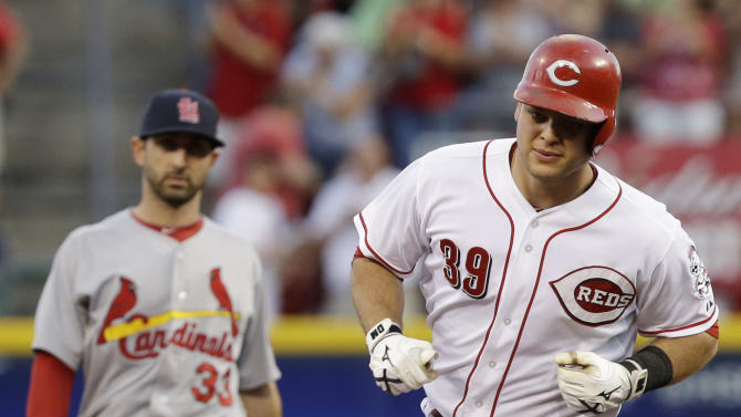 Mesoraco hits pair of HRs, Reds beat Cardinals 8-3