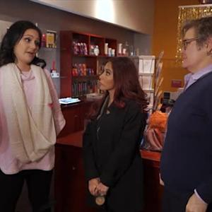 Snooki and JWoww Explore a Sex Shop Ahead of Valentine's Day