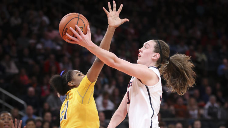 Stewart helps No. 1 UConn women rout Cal 80-47