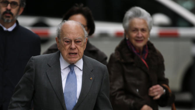 Former Catalan regional president Pujol and his wife Ferrusola arrive to appear before a judge at the High Court in Madrid