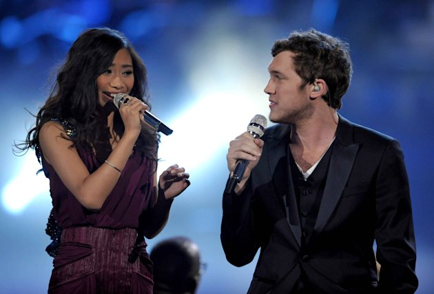 Finalists Jessica Sanchez, left, and Phillip Phillips perform onstage at the &quot;American Idol&quot; finale on Wednesday, May 23, 2012 in Los Angeles. (Photo by John Shearer/Invision/AP)