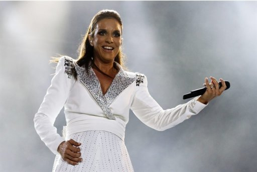 UNO News Net: HOT CELEBRITIES: Brazilian superstar Ivete ...