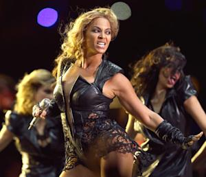 Beyonce, Destiny's Child Reunite for Explosive Super Bowl Halftime Show