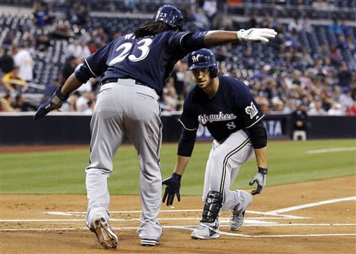 Braun, Betancourt homer, lead Brewers over Padres