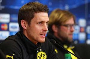 Sebastian Kehl signs contract extension with Dortmund