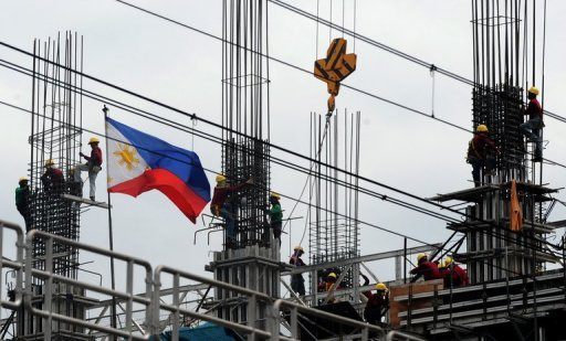Workers toil at a construction site in Manila. Unemployment in the Philippines remained high in July as the economy struggles amid the global financial turmoil, official data showed Thursday