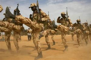 Chadian soldiers march during Flintlock 2014 in Di …